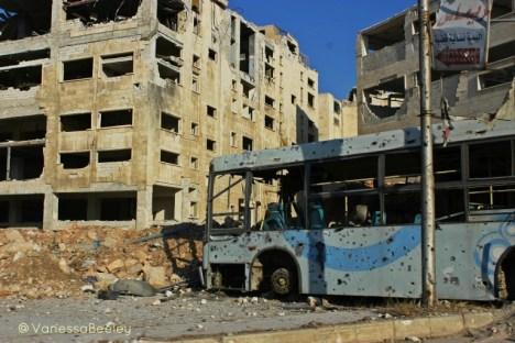 01-aleppo-bus